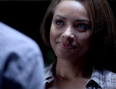 Bonnie and Damon smile1